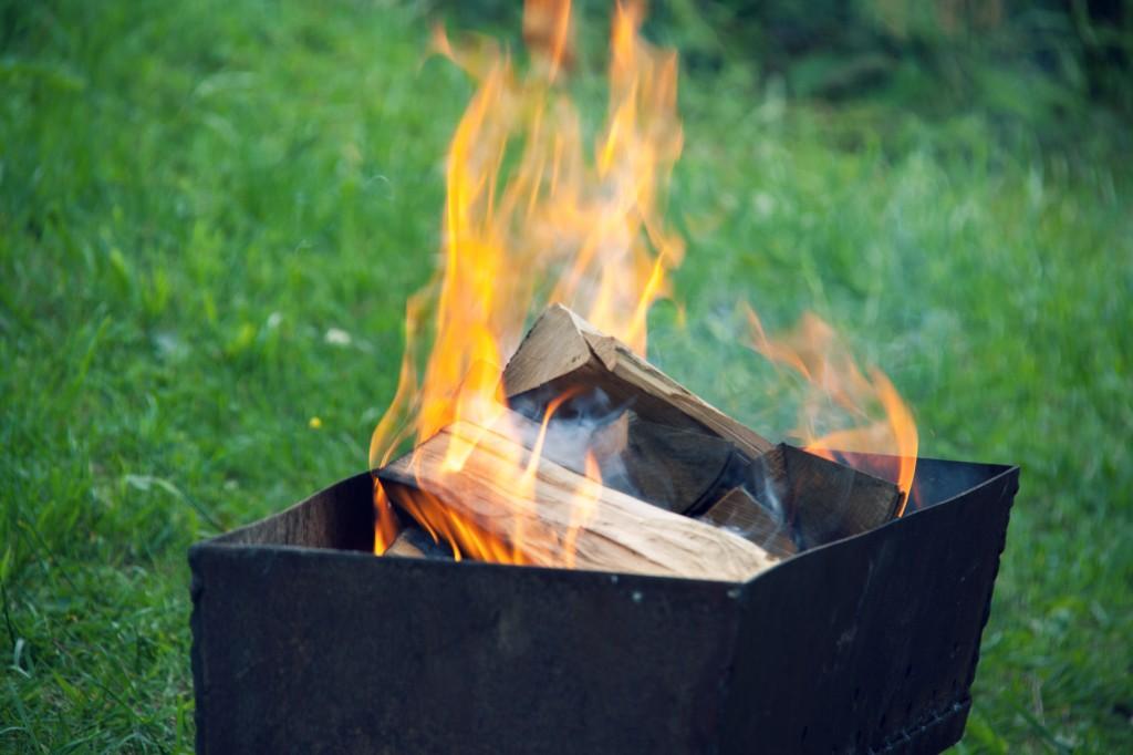 Fuego en la barbacoa